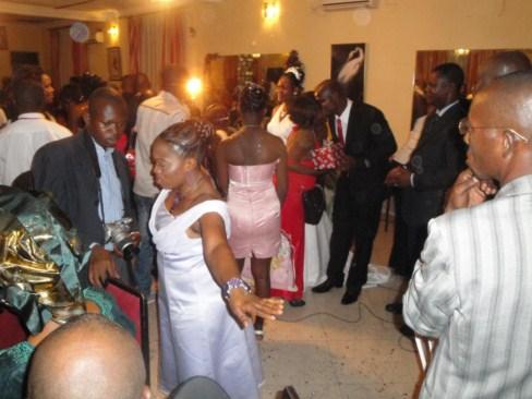 Robe De Mariage Kinshasa
